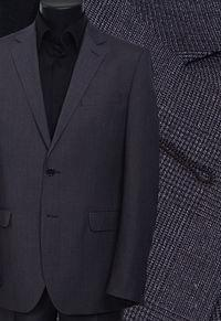 Ткань мужского костюма
