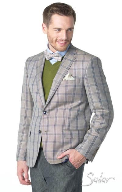 Современная модель мужского пиджака